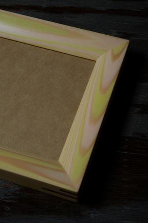 001−2木目彩色のフォトフレーム(ふきのとう).jpg