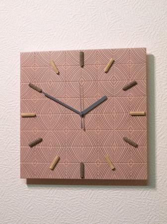 002、カラマツの木口寄木の時計ー2.jpg