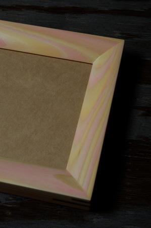 004−2木目彩色のフォトフレーム(桃).jpg