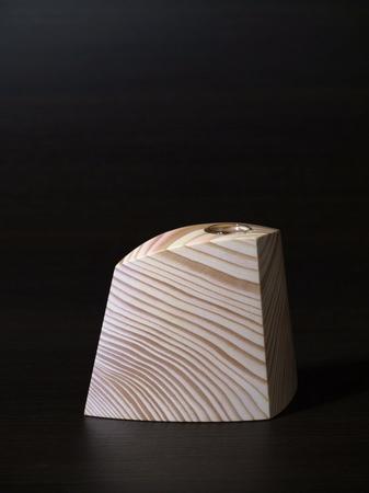 010、木の一輪挿しTriad、ピンク.jpg