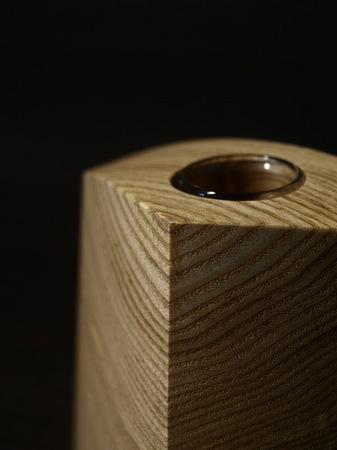 015、木の一輪挿しTriad、タモ材.jpg