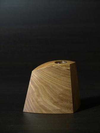 018、木の一輪挿しTriad、ニレ材.jpg