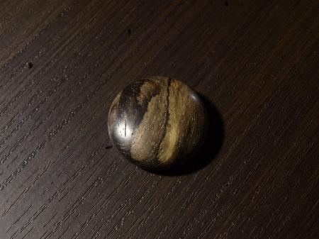 029、黒柿の木のマグネット.jpg
